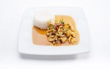 B24 Panang Curry